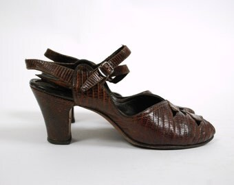 Vintage 1940s Shoes - Fantastic Brown Snakeskin 40s Peeptoe Heels with Ankle Straps Size 8.5 9