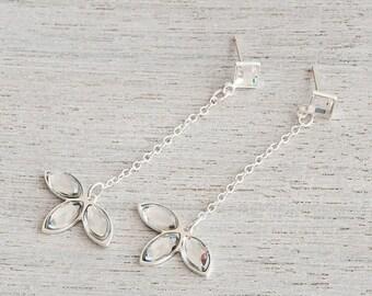On Sale 40% off, Caldera on Chain Earrings, Chain Earrings, Flower Jewelry, Bridal Jewelry, Evening Jewelry, Dangle Earrings