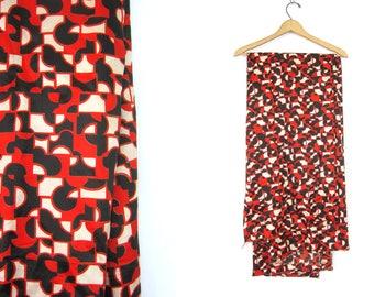 Red White Black Fabric Retro textile art Sewing Craft Yardage Destash Fabric 126 x 44 Inches