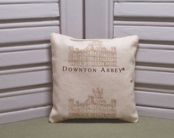 """Downton Abbey, lavender sachet, English TV show, scented lingerie drawer sachet, 4"""" by 4"""" size, 100% dried lavender for a lovely aroma"""