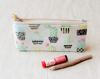 Cactus Zipper Pouch/ Pencil Case/ Cactus Make Up Bag/ Birthday Gift/ Christmas Gift/ Gift for Her/ Cactus/ Gift for Mom/ Wife Gift