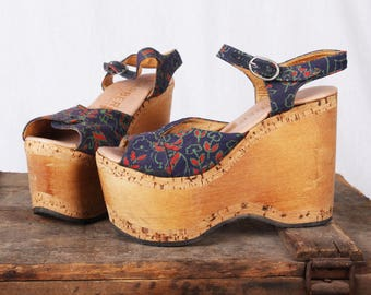 STEVIE 1970s Sky High Floral Wooden Platform Sandals / Size 6 / By Carber / Made in Italy