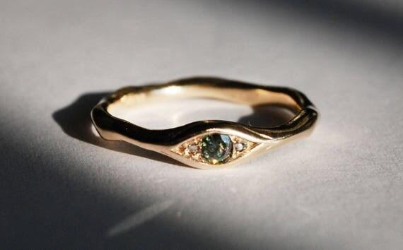 10k Yellow Gold, Faceted Grey-Green Diamond & White Diamond Eye Ring