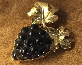 Almost Edible Signed D'Orlan Grape Bunch Grape Leaves Brooch Pin 1970's 1980's Black Gold Tone Metal Very Detailed