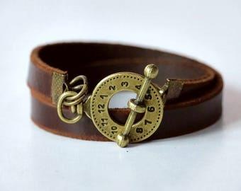 Leather Bracelet Wrap Leather Bracelet Leather Cuff Bracelet Leather Bracelet in Brown Color Toggle Clasp Brass Tone