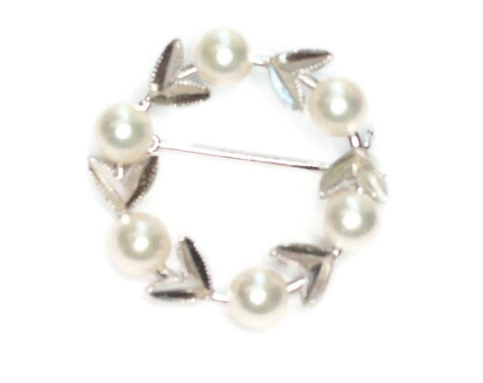 Sterling Silver Cultured Pearl Circle Pin Leaves Petite Size Vintage