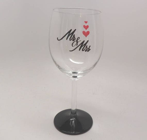 Hand Painted Wine Glass for Wedding Mr & Mrs personalized with wedding date