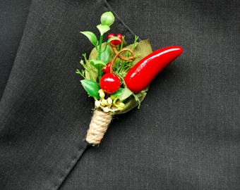 Red Hot Chili Pepper Groom Boutonniere, Red Chili Pepper Groomsmen Lapel Pin, Chili Pepper Themed Weddings, Red Green Boutonniere Brooch