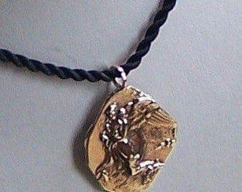 """14k Gold Thorwaldsons """"night"""" Pottery Shard Style Pendant"""