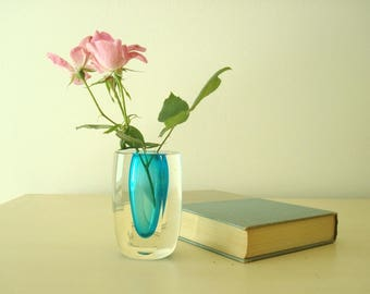 Art glass bud vase, turquoise and clear glass, mid-century modern flower vase, gifts for her, vanity accessory, vintage modern style