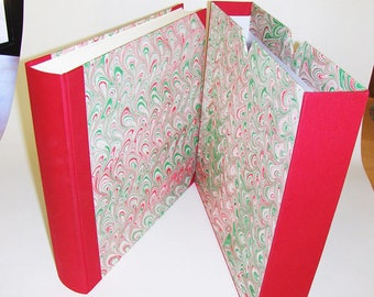 Marbled paper  photo album + case,  Hand bounded Florentine style -  50 sheets + tissue paper -   cm 30 x cm 30 - 1033