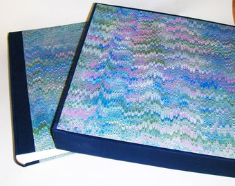 Marbled paper  photo album + case,  Hand bounded Florentine style -  50 sheets + tissue paper -   cm 35 x cm 35 - 1034
