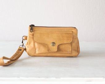 Wristlet wallet phone case in light brown leather,womens wallet,clutch wallet,phone case,zipper wallet - Thalia Wallet