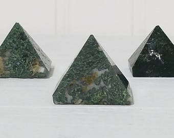 Moss Agate Gemstone Pyramid- Stone of Organic Power