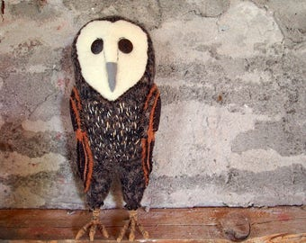 soft sculpture owl, waldorf owl, all natural owl, nursery owl, barn owl, owl art,