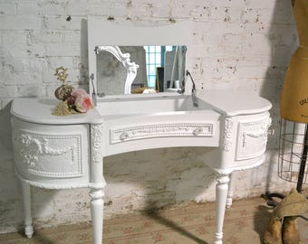 Painted Cottage Chic Shabby Romantic Vanity and Mirror VAN753