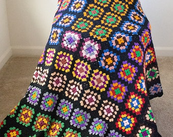 Gorgeous Granny Squares Afghan