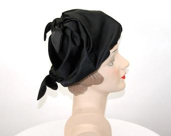 1960s Christian Dior Chapeau hat black velvet satin bows dramatic avant garde Size 21