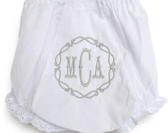 Baby Gifts Personalized / Custom Baby Bloomers / Embroidered Baby / Links Diaper Cover