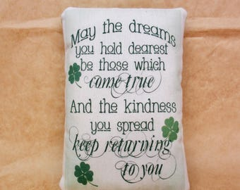 St Patricks Day pillow | St. Pattys Day decoration | Irish saying | Celtic Decor | Irish Good Luck | Celtic accent piece | March 17th