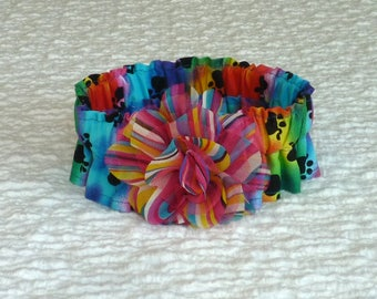 "Dog Ruffle Collar, Pet Bandana, Black Paws on Tie Dye Dog Scrunchie Collar with striped flower - Size M: 14"" to 16"" neck"