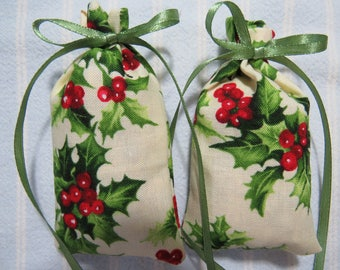 "Christmas Ivory 3""X2"" Sachet-'Christmas Blizzard' Fragrance-Red/Green Holly Holiday Sachet-Cotton Fabric Herbal Sachet-Cindy's Loft-150"