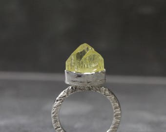 Rough Lime Yellow Brazilianite Crystal Ring Rustic Silver Setting Unique Mountain Peak Natural Rare Raw Gemstone Brazil - Chartreuse Crest