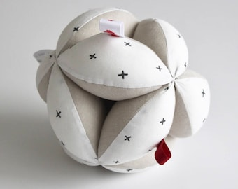Puzzle Ball - Montessori - organic fabric