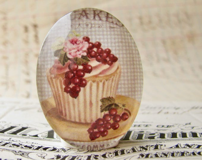 From our Bountiful Bakery collection, pink rose cupcake, glass oval cabochon, handmade in this shop, 40x30mm, vintage kitchen, flowers, bow