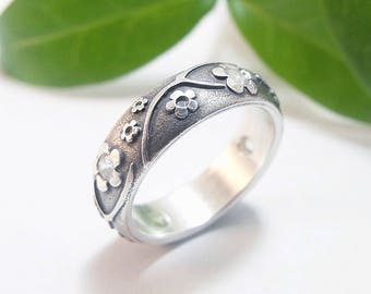 Womens Wedding Band Womens Ring Silver Wedding Band Silver Wedding Band Womens Wedding Ring Silver Sapphire Statement Ring Size 6.25