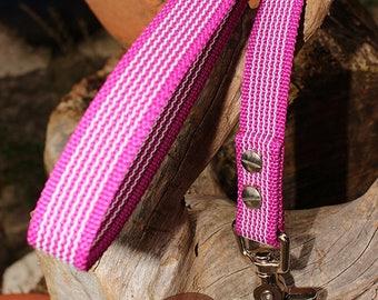Dog Training Leash by dogs-art, grip it leash, non slip leash, rubber leash, easy grip leash, sure grip leash, 3ft dog leash, dog leash