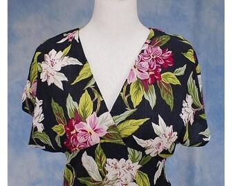ON SALE Vintage 80s 90s Phoebe Surplice Bodice Faux Wrap Crinkle Cloth Floral Print Dress, Sz 8 Med