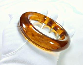 Vintage Rootbeer Lucite Bangle Bracelet