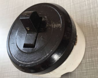 Porcelain Base Light Switch