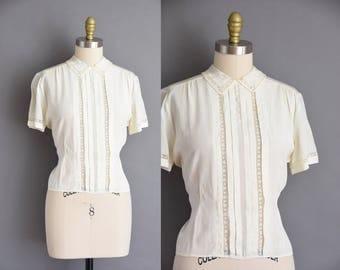 vintage 1950s blouse. 50s ivory rayon lace vintage blouse