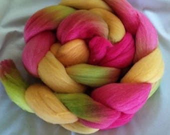 "Rambouillet Combed Top 4 Oz. ""Rainbow Sherbert"""