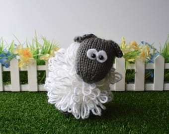 Curly the Sheep toy knitting patterns