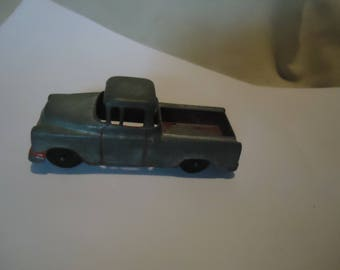 Vintage Tootsietoy Red Pickup Truck, collectable, USA