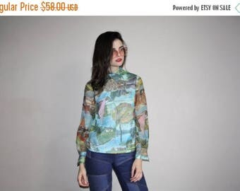 On SALE 45% Off - 60s Vintage Graphic Abstract Novelty Tourist Nature Photos Blouse - 1960s Graphic Tops - W00629