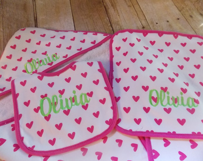 Infant Girl personalized towel set - Baby shower gift - Embroider bib - Baby hooded towel - towel set - Personalize girl blanket - hot pink