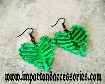 UNBREAK my ZOMBIE HEART-Emerald Green Mirror Laser Cut Acrylic Heart Shaped Rib Cage Charm Earrings