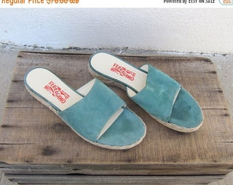 20% Off Sale 90s  Salvatore Ferragamo Espedrille Slides Sea foam Green Suede Sandals Mules Flats Ladies Size 9