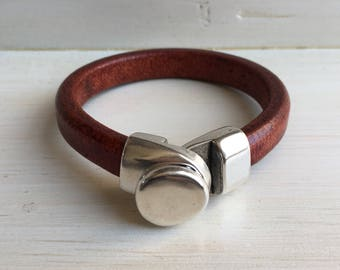 Thick WHISKEY brown leather and SILVER button clasp cuff BRACELET
