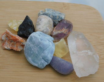 Mixed Rough Stones Healing Chakra Yellow Blue Calcite Quartz Amethyst Moonstone Lepidolite Jet Kyanite 5.6 oz Handful of Earth