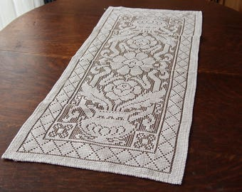 Vintage Lace Table Runner Floral Off White Beige