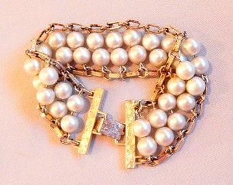 Vintage Sarah Coventry Bracelet, Gold and Pearls