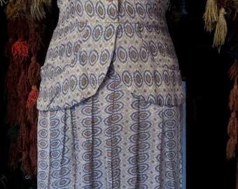 Gorgeous 40s Pocketed Peplum Silk/Rayon Dress, Larger Size
