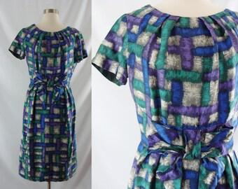 Vintage Sixties Dress - 1960s Silk Patterned Dress - 60s Short Sleeve Silk Wiggle Dress - Small