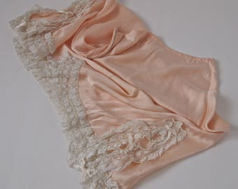 Vintage 20's/30's Half Slip Peach Pink Satin Lace and Bows Bias Cut side Zipper