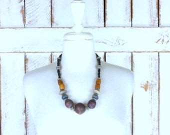 Chunky wood bead necklace/vintage wooden tribal/boho/festival necklace/beaded wood necklace
